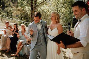 arianefotografiert Ariane Schulz Hochzeitsfotografin Köln martinredet Redner Hochzeit im Ausland Provence Frankreich Auslandstrauung Wie werde ich Trauredner Ausbildung Seminar Martin Fett 17