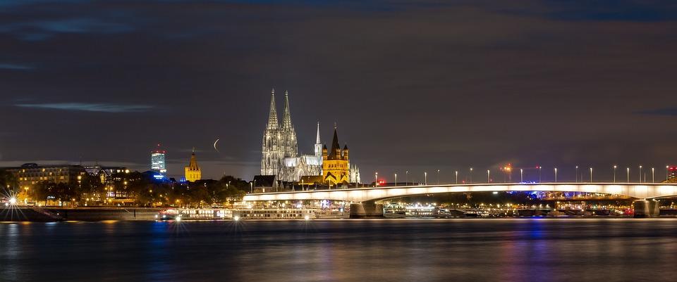Trauredner in NRW Freie Trauung Hochzeitsredner Köln Düsseldorf