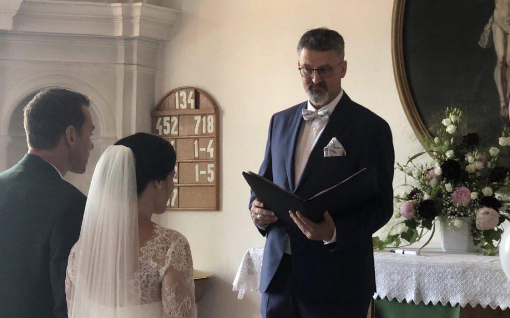 Trauredner Fulda im Team von martinredet Hochzeitsredner Ausbildung Hessen Limburg Freie Trauung Osthessen 01