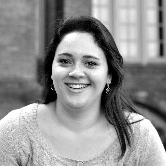Traurednerin für Eure Deutsch-spanische Trauung Desiree im Team von Hochzeitsredner martinredet NRW