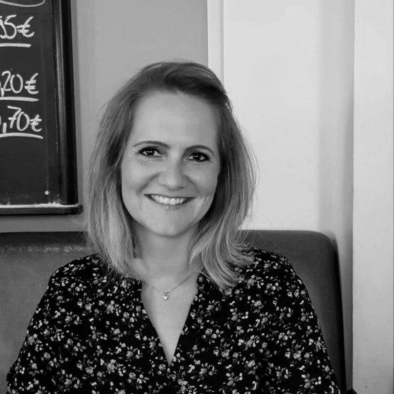 Traurednerin Bonn Troisdorf Tanja ist Rednerin bei martinredet