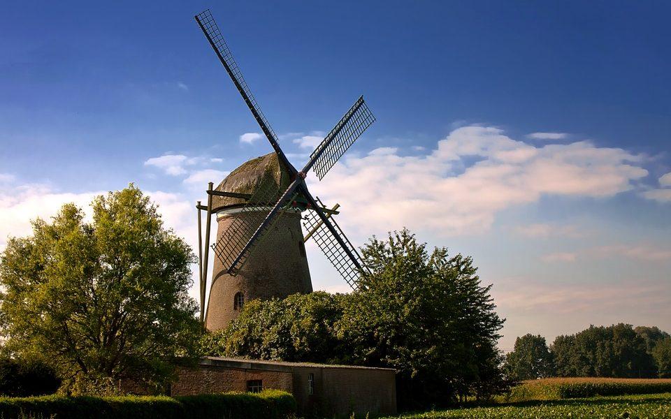 windmill-621507_960_720