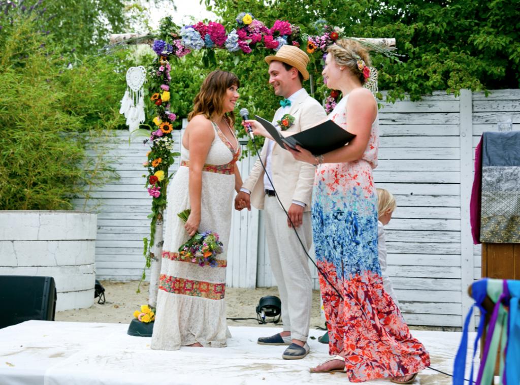 Traurednerin Offenburg Felicitas bei Freier Redner martinredet Hochzeitsredner Ausbildung