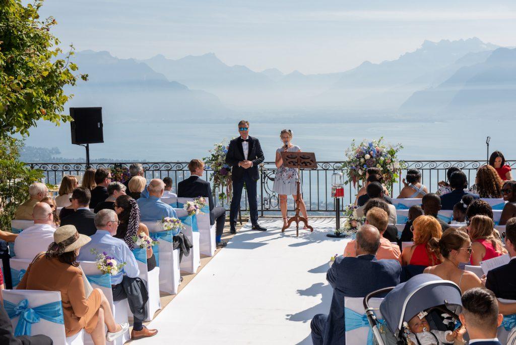 Traurednerin Offenburg Trauredner martinredet Felicitas im Team von Hochzeitsrednerin