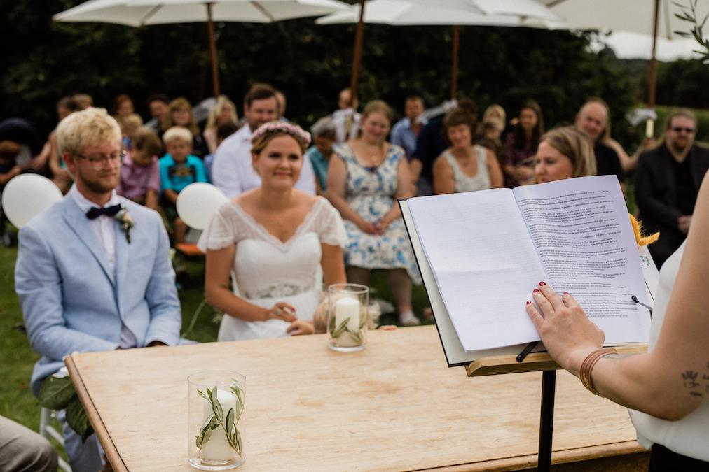 Freie Rednerin München Trauung Traurednerin Bayern Trauredner martinredet Hochzeit Freiredner 01