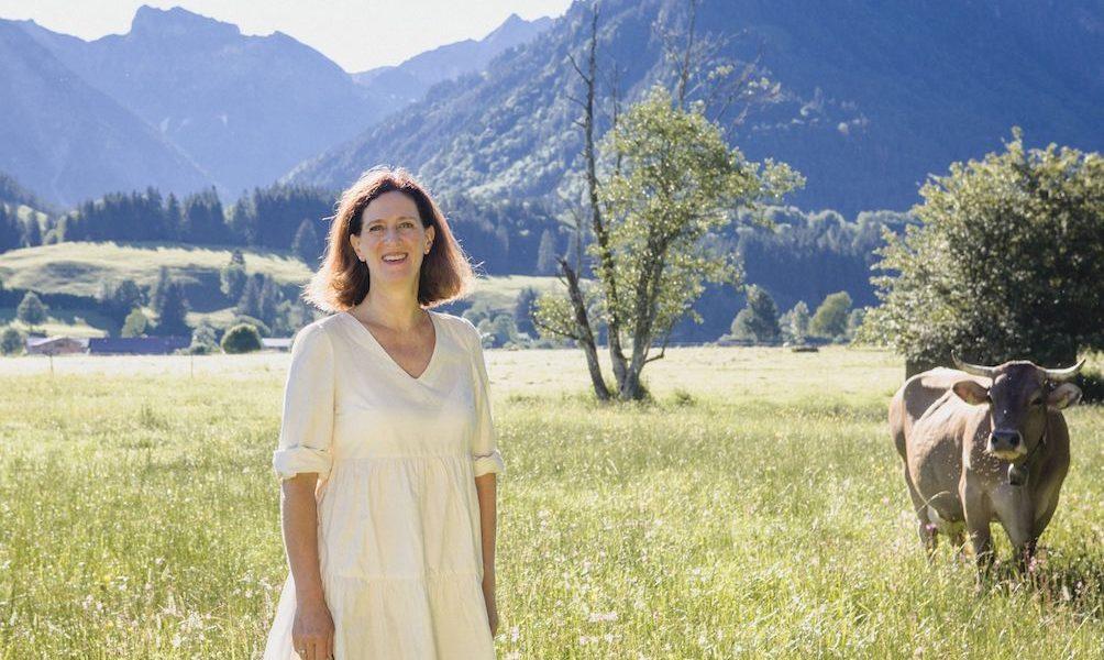 Traurednerin Allgäu Freie Trauung Oberstdorf Rednerin im Team von martinredet Martin redet Stefanie